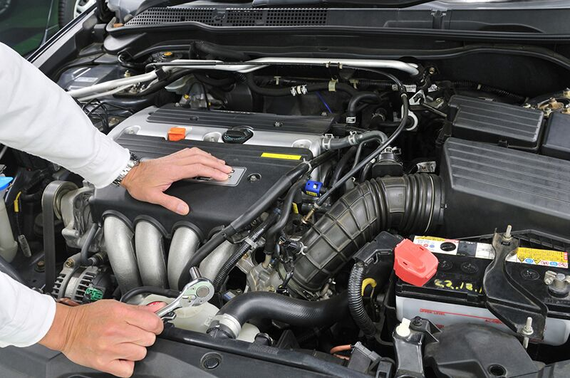 Tips to Save Money on Car Maintenance, save money as you keep your car running smoothly