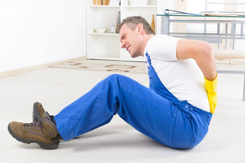 injured worker on the ground, benefits of having workers compensation insurance
